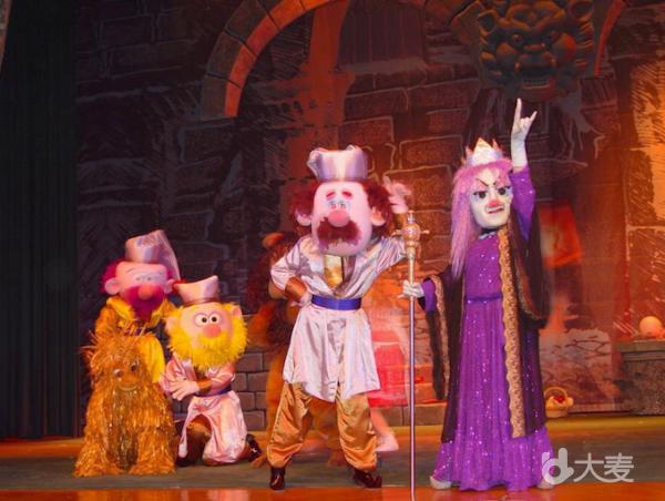 大型童话偶型剧《绿野仙踪》
