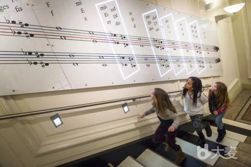"""音乐评论家刘雪枫为孩子打开奥地利的""""音乐之门"""""""