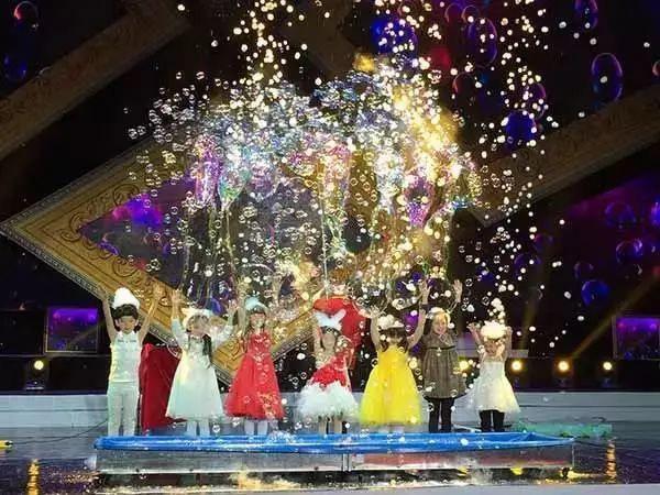 大型3D魔幻泡泡秀—《泡泡王子的舞会》