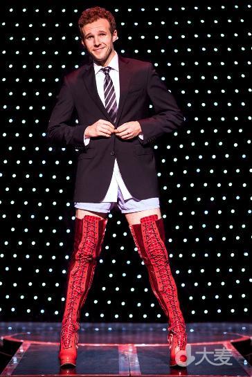 百老汇当红原版音乐剧《Kinky Boots长靴皇后》北京站