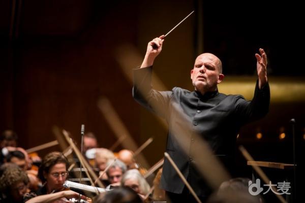 贝多芬与普罗科菲耶夫的第五交响曲